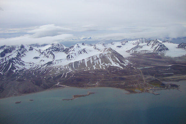 Aerial view of Ny-Ålesund in the summer 2012.